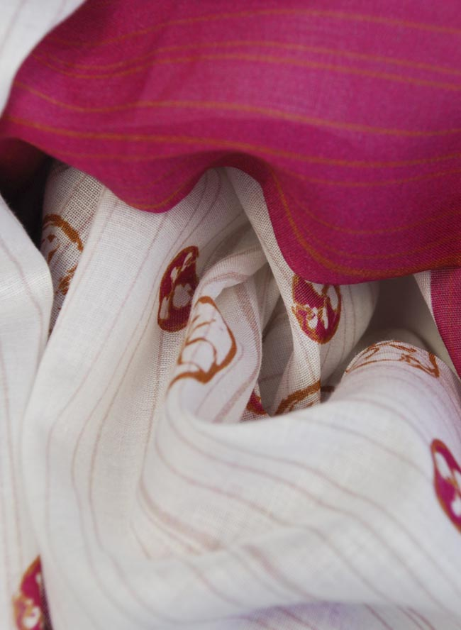 Schlauchtuch für Damen Pasta Pomodoro Farbe Beere Detail