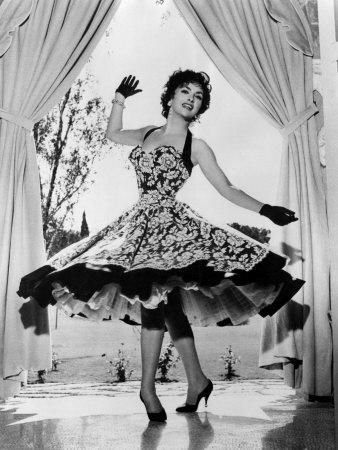 Gina Lollobrigida Mode Italien 50er Jahre Inspiration für Sekai Colori Schals und Tücher